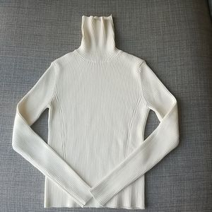 Zara Ribbed Turtleneck Sweater Size M